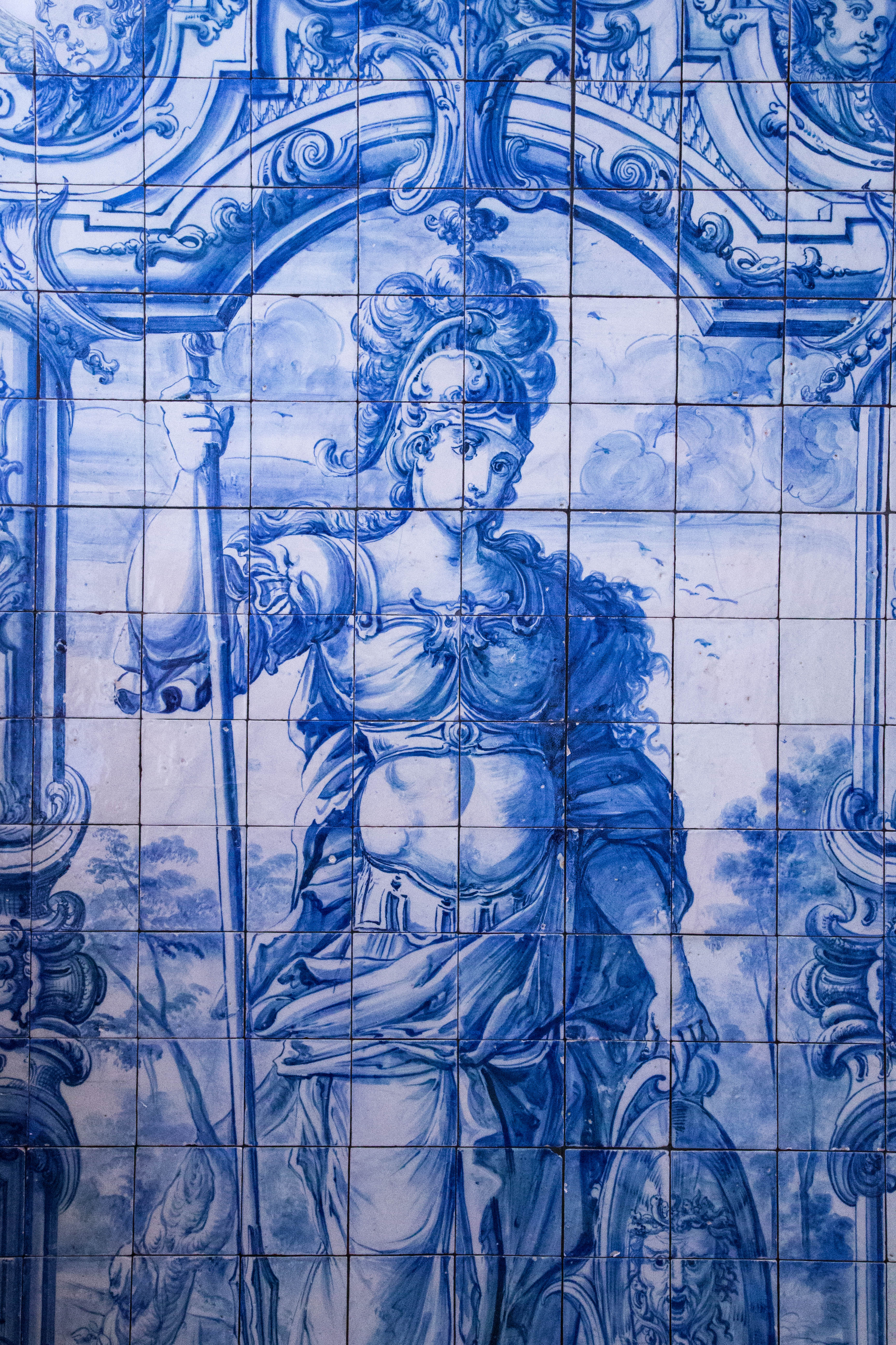 Architecture foraging for inspiration for Azulejo azul
